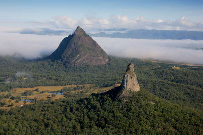 Mount Beerwah, Mount Coonowrin (Crooked Neck)