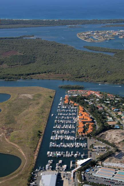 Hope Island 4212, Hope Harbour