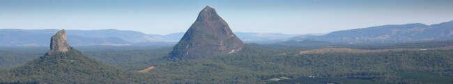 Mount Beerwah, Mount Coonowrin (Crooked Neck)