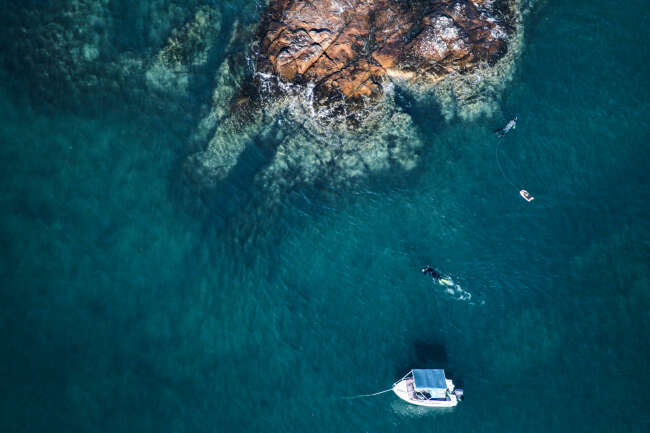 Boats and Jetskis at the Whitsunday Islands