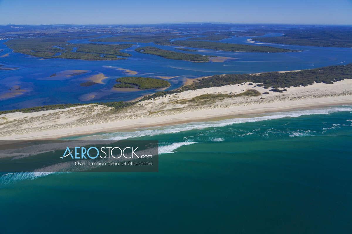 Affordable photo of Southern Moreton Bay Islands, Gold Coast, QLD.