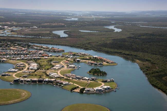 Hope Island 4212