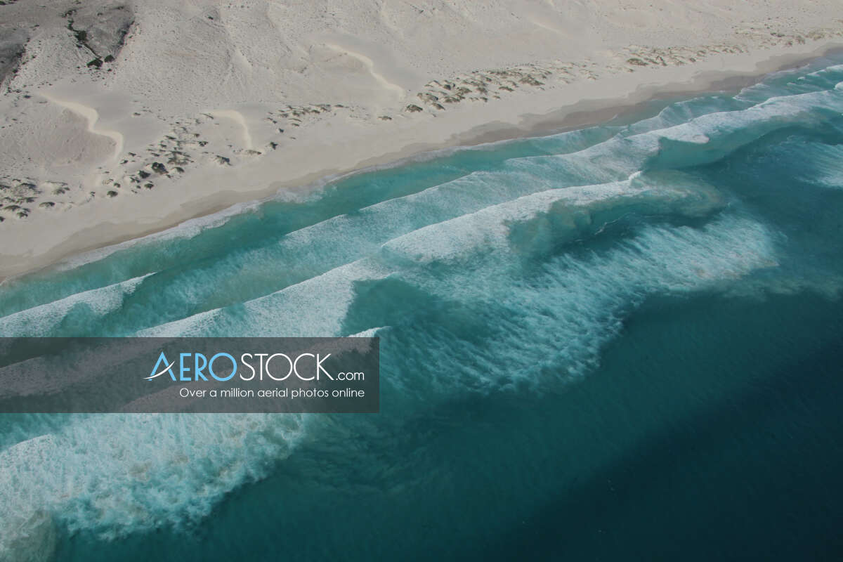 Sharp and finely detailed panoramic aerial photo of Esperance.