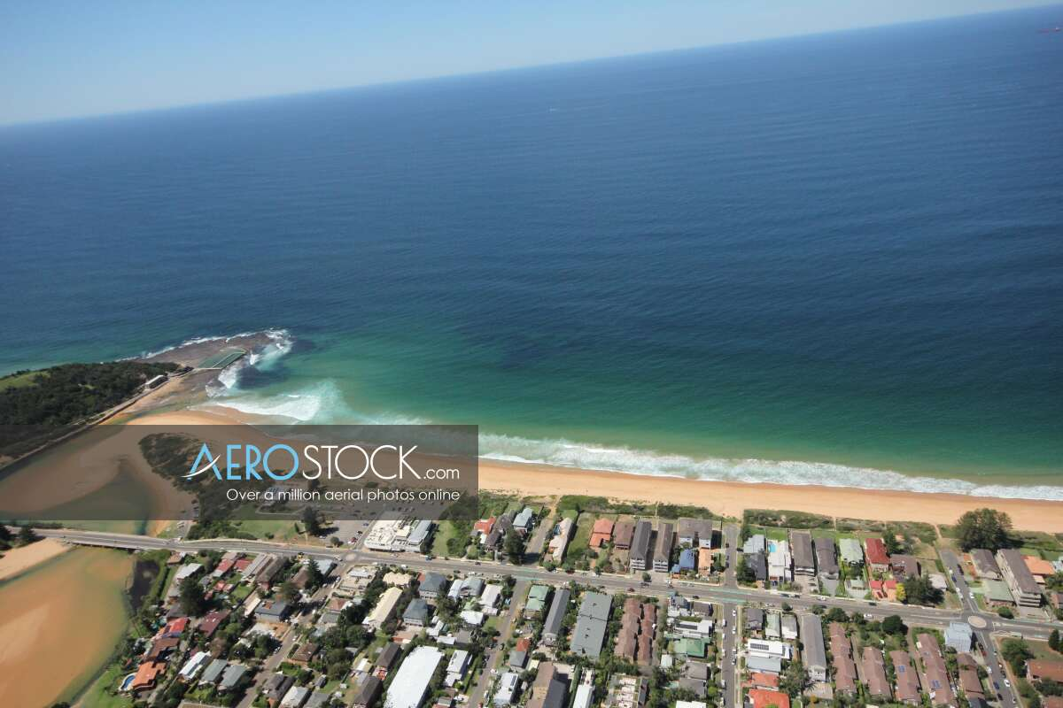 Cost effective stock image of North Narrabeen in Northern Beaches.