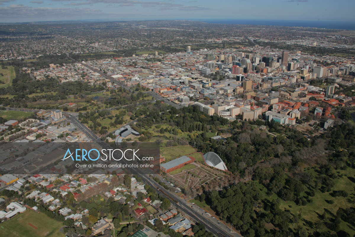 Cost effective stock image of College Park in Norwood Payneham St Peters.