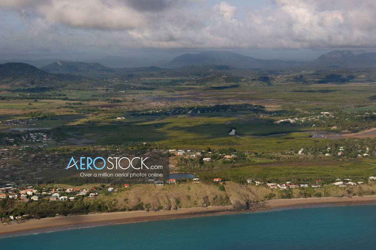 High definition panoramic aerial photo of Mackay
