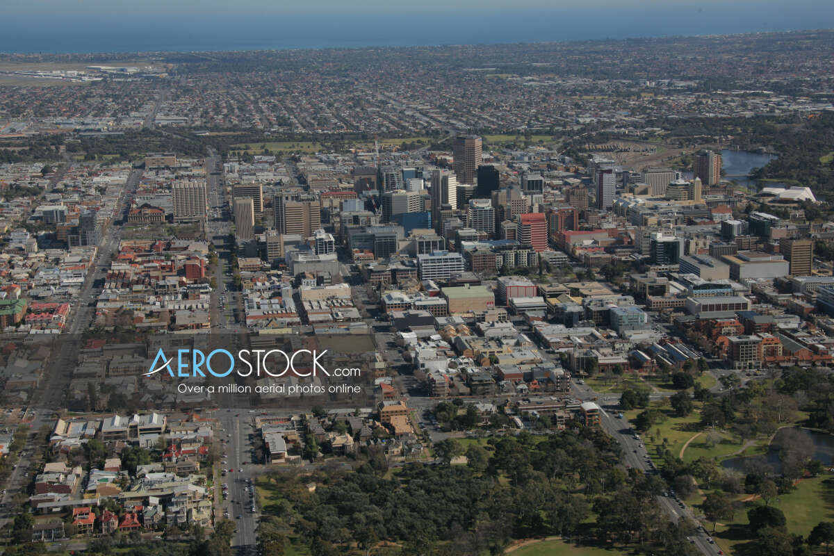High resolution panoramic aerial photo of Rose Park.
