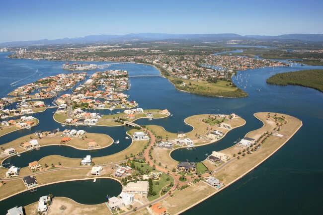 Sovereign Islands, Paradise Point 4216