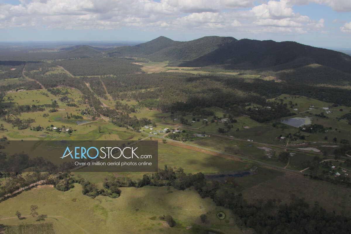 Discounted panoramic aerial photo of Gundiah, 4650.