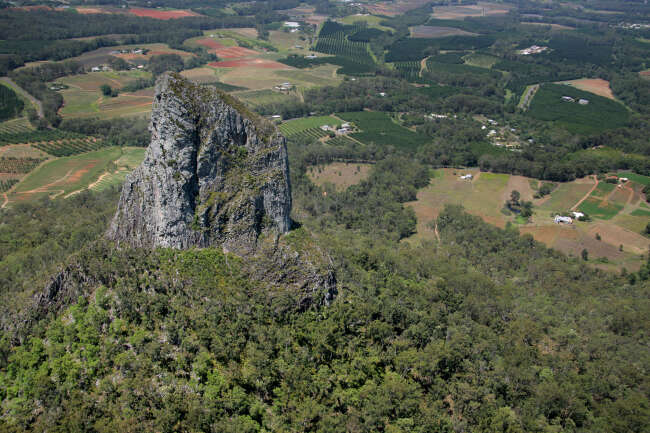 Glasshouse Mountains 4518