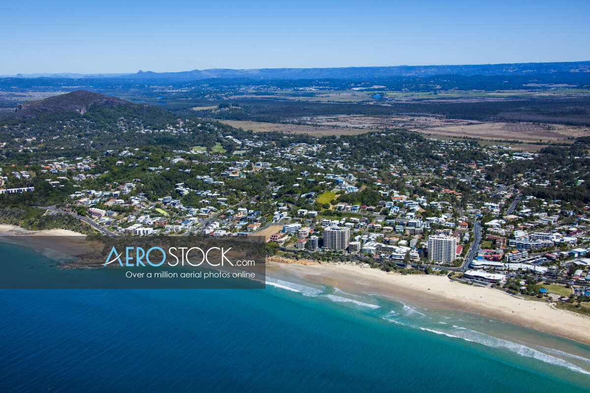 Discounted pictures of Coolum Beach, 4573