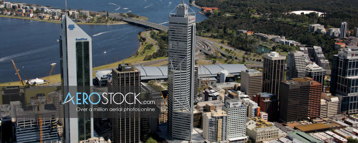 Sharp and finely detailed panoramic aerial photo of East Perth.