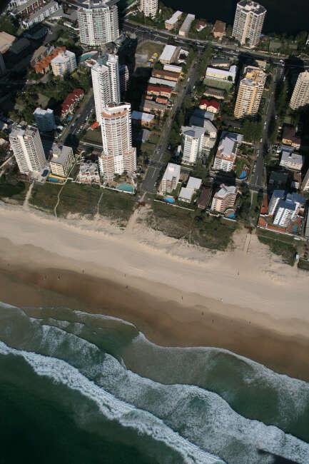 Surfers Paradise 4217